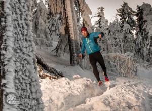 Trail running / běh na Radhošťi - rychlý běh. Autor: Lukáš Budínský (foto.lukasx.cz), Fotoaparát: Canon EOS 70D, Objektiv: 18-35mm