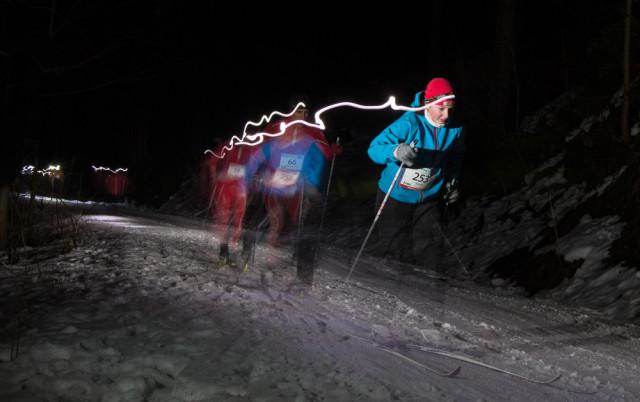Závodníci Noční stopa Valachy 2015. Autor: Lukáš Budínský (foto.lukasx.cz), Fotoaparát: Canon EOS 70D, Objektiv: 18-35mm