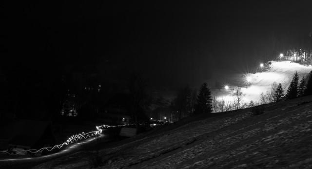 Osvětlená sjezdovka razula. Autor: Lukáš Budínský (foto.lukasx.cz), Fotoaparát: Canon EOS 70D, Objektiv: 18-35mm