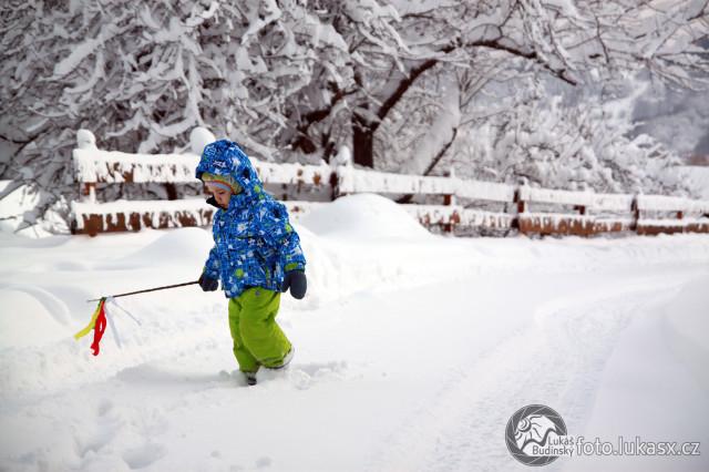 Velikonoce na sněhu, malý koledník, Autor: Lukáš Budínský (foto.lukasx.cz),