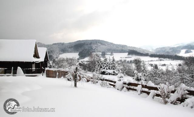 Velikonoce na sněhu, zasněžená krajina. Autor: Lukáš Budínský (foto.lukasx.cz)