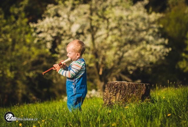 Malý pastýř, rodinná fotografie, Lukáš Budínský (foto.lukasx.cz), Canon EOS 70D, EF100mm f/2.8L Macro IS USM